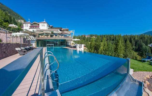 Europe's most beautiful hotel-swimmingpool